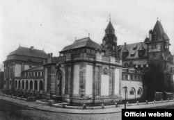 Vedere a Liebieghaus cca. 1910 (Institut für Stadtgeschichte, Frankfurt am Main)