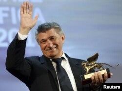 """Aleksandr Sokurov """"Qızıl şir"""" mükafatı alır"""