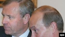 Личная встреча генсека НАТО с президентом России не помогла сгладить противоречия в отношениях Москвы и Брюсселя