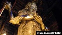 Буда ў храме Гандан