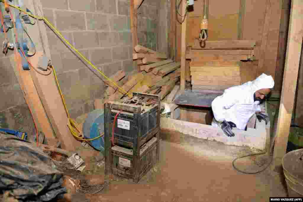 بار دیگر در سال ۲۰۱۵ که از زندان آلتیپلانو تونلی کند و فرار کرد.به گفته مقامهای آمریکایی کارتل «الچاپو» فقط بین سالهای ۱۹۹۰ تا ۲۰۰۸، دستکم ۲۰۰ تن کوکائین و البته صدها تن هروئین و مواد دیگر به ایالات متحده وارد کردهاست.