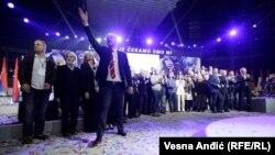 Potraga za ženom koja bi bila kandidatkinja za gradonačelnicu Beograda (na fotografiji Saša Janković u vreme izborne kampanje za predsednika)