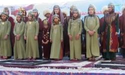 Türkmen diasporasy Watandan näme isleýär?