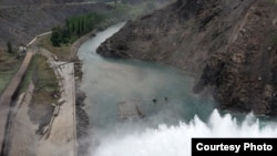 На Кировском водохранилище в Таласской области Кыргызстана.