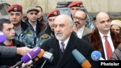 Armenia - Presidential candidate Paruyr Hayrikian speaks to journalists after asking the Constitutional Court to postpone the February 18 presidential election by two weeks, Yerevan, 10Feb2013.