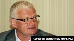 Экономист Петр Своик.