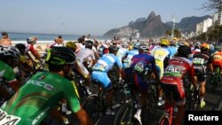 Pamje nga garat e çiklistëve në Rio-de-Zhanejro