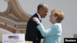 Президент США Барак Обама (слева) и канцлер Германии Ангела Меркель.