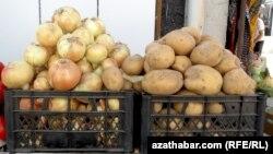Kartof və soğan, Bazar