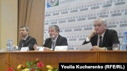 Выступление губернатора Республики Карелия Александра Худилайнена на встрече с профсоюзами