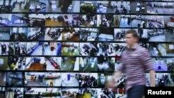 Сайлау учаскелеріндегі веб-камералардың трансляциясы. Мәскеу, 4 наурыз 2012 жыл