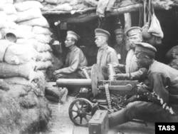 Первая мировая война. Русские солдаты на позициях