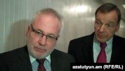 Nagorno-Karabakh - Russian mediator Igor Popov (L) and his U.S. colleague Robert Bradtke speak to journalists in Stepanakert, 22Nov2012.