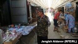 """Баткендеги """"Халмион"""" базары. 17-июль, 2013-жыл."""