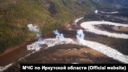 Взрывные работы на реке Нижняя Тунгуска в Приангарье