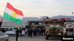 İraqdakı kürd peşmərgə qüvvələri Türkiyənin müdaxiləsini əvvəllər də salamlayıblar (foto arxivdəndir).