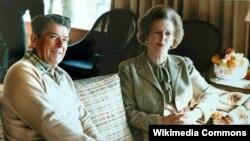 Маргарет Тэтчер с Рональдом Рейганом во время визита в США в 1984 г.