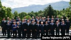 Premijeri Zapadnog Balkana sa liderima EU na petom Samitu Z. Balkana u okviru Berlinskog procesa (maj 2018.)