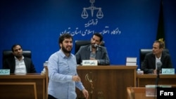 Mohammad Hadi Razavi, accused of embezzlement from the Iranian Sarmayeh Bank, during a court session. May 20, 2019