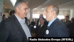 Стариот и нов градоначалник на Охрид, АЛександар Петрески од СДСМ и Никола Бакрачески од ВМРО-ДПМНЕ.