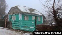 """""""În orașul Dondușeni îs puse la vânzare 500 de case. 500 de case, dar cine le cumpără?"""""""
