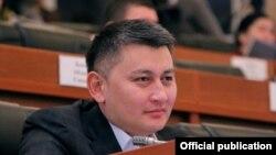 Исхак Пирматов, ЖК депутаты.
