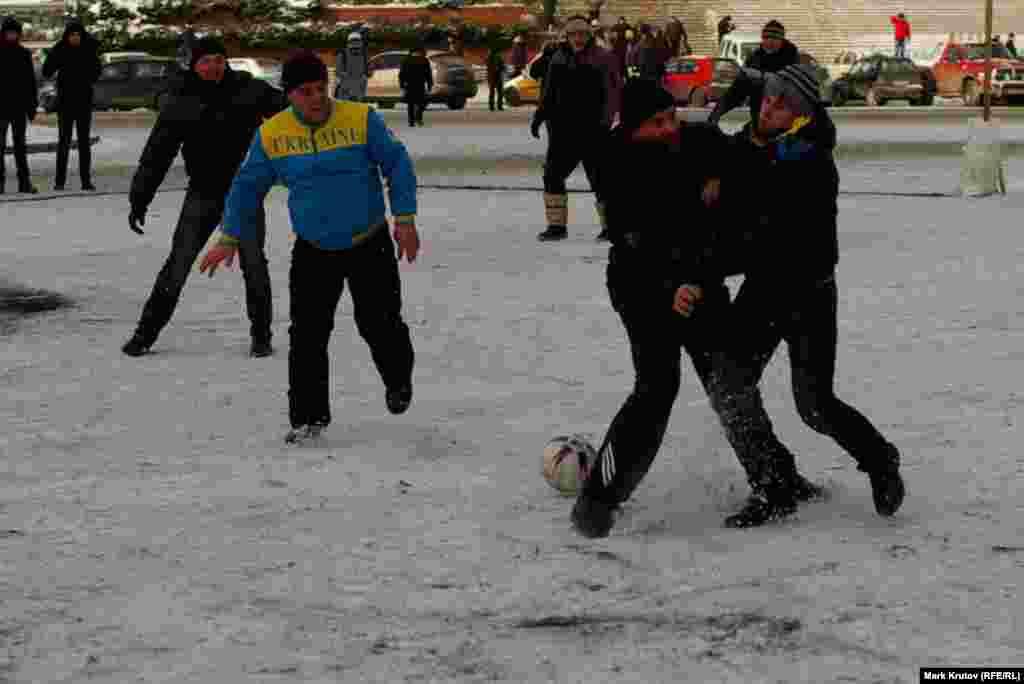 Чемпионат Майдана по футболу на Европейской площади