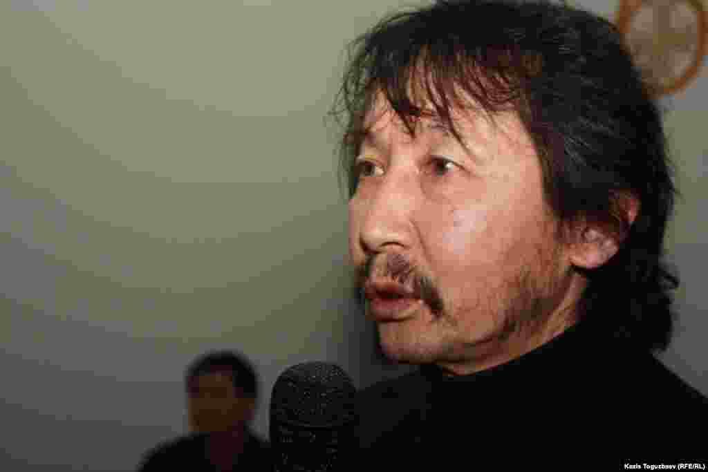 """Калдыбай Абенов, автор и режиссер фильма """"Аллажар"""" про Декабрьские события 1986 года."""