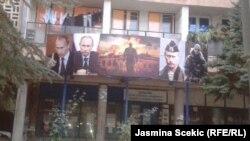 Slike Vladimira Putina u severnom delu Mitrovice