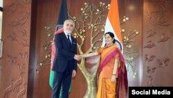 رئیس اجرائیه افغانستان در ملاقات با وزیر خارجه هند