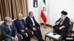 Supreme Leader Ayatollah Ali Khamenei meeting with Palestinian Islamic Jihad leader Ziad al-Nakhaleh, in Tehran, December 31, 2018