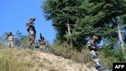 Ushtarë indianë në rajonin e Kashmirit, foto arkiv
