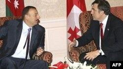 Prezidentlər İlham Əliyev və Mikheil Saakashvili, arxiv foto.