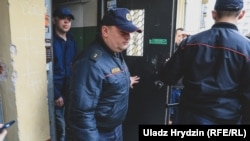 Officers from Belarus's Investigative Committee seized the computers during a raid of Belsat's Minsk offices on April 9.