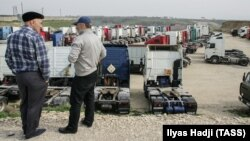 """Лагерь протестующих дальнобойщиков против системы """"Платон"""" в Дагестане"""