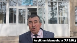 Жарылкасын Исмаил, школьный учитель, живущий в селе Ынтымак. Южно-Казахстанская область, 11 февраля 2015 года.