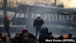 Баррикады на улице Грушевского