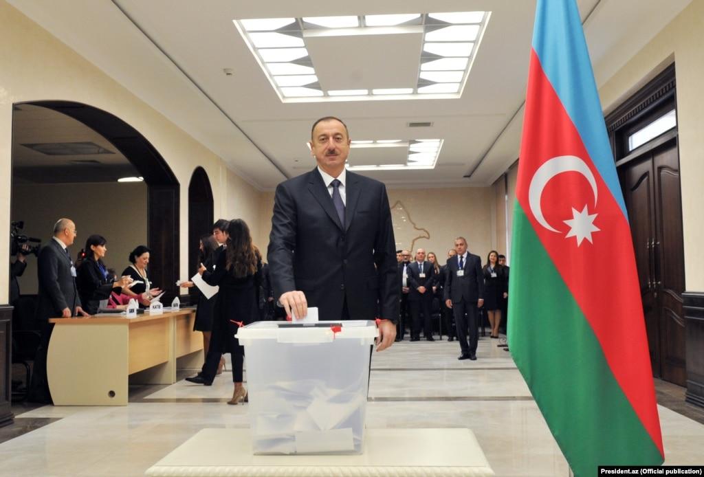 Навиборах вАзербайджані перемагає партія президента Алієва