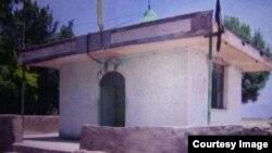 توسعه بنای امامزاده در حریم تخت جمشید