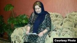 Мать правозащитника Тале Хасмамедова, Гюльбута Хасмамедова