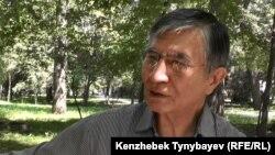 Оппозициялық саясаткер Жасарал Қуанышәлин. Алматы, 30 маусым 2016 жыл.