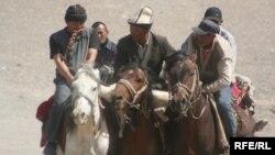 Мургабдык кыргыздар ат чабышта, 2009-жылдын 19-июлу.