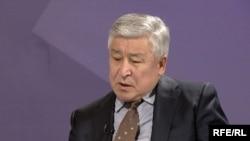 Буга чейин ички иштер министри болуп келген Кубатбек Байболов башкы прокурорлукка дайындалды