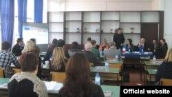 Проектот за образование на возрасни и програми за описменување и за дооформување на основното образование на исклучените лица.