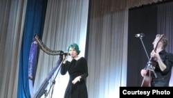 """Ни один """"Зиланткон"""" не обходится без музыкальной программы. Концерт """"36.6"""" группы """"Мельница"""". Фото Надежды Ассановой."""
