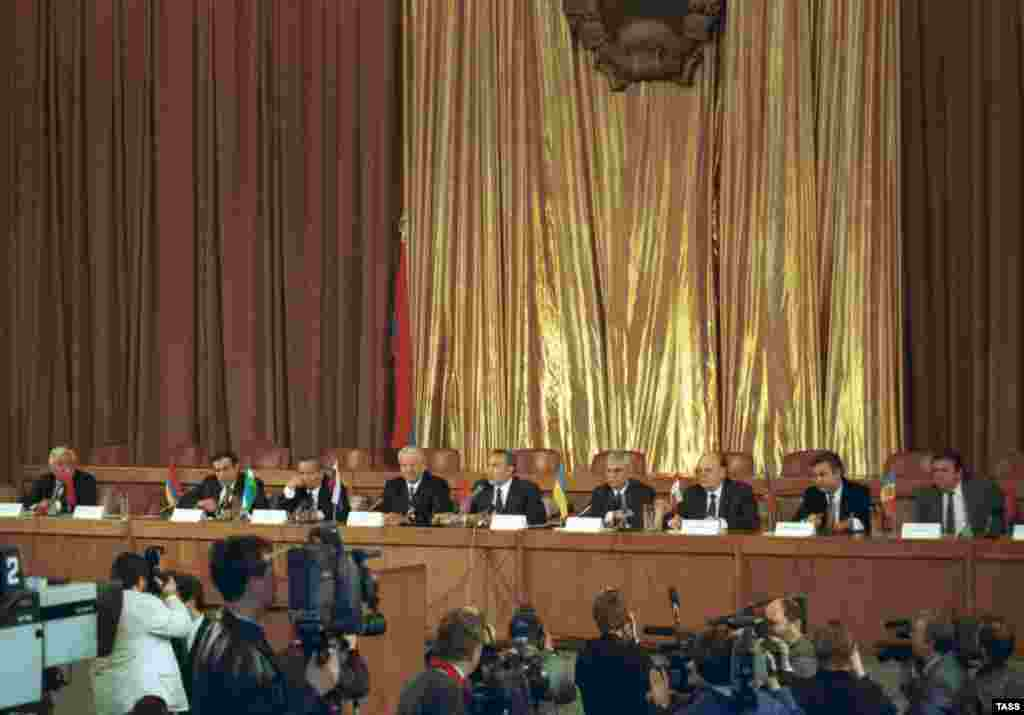 "The leaders of the member states of the new CIS give a press conference in Almaty on December 12, 1991 (TASS) - Although many observers suspected that the CIS was little more than an effort by Moscow to maintain its influence in the area it refers to as ""the post-Soviet space,"" the organization has been more widely criticized as ineffective and purposeless. At the 1992 Winter and Summer Olympic Games, athletes from the CIS countries competed as a single team for the last time."