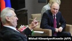 Владимир Путин и Милош Земан в Сочи. 21 ноября 2017 года