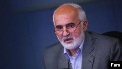 احمد توکلی می گوید که احمدی نژاد می خواهد «سرزمین سوخته» را تحویل دهد.