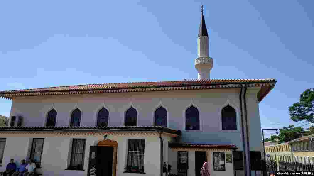 У 1881 році мечеть перебудували парафіяни. З 1929 року її закрили для відвідувань і почали використовувати як будинок культури і кінотеатр
