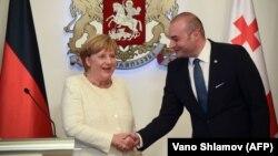 ԳԴՀ կանցլեր Անգելա Մերկելը և Վրաստանի վարչապետ Մամուկա Բախտաձեն, Թբիլիսի, 23-ը օգոստոսի, 2018 թ․